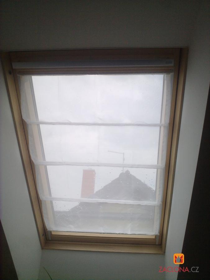 Raffrollo für das Dachfenster  Heimtex Ideen