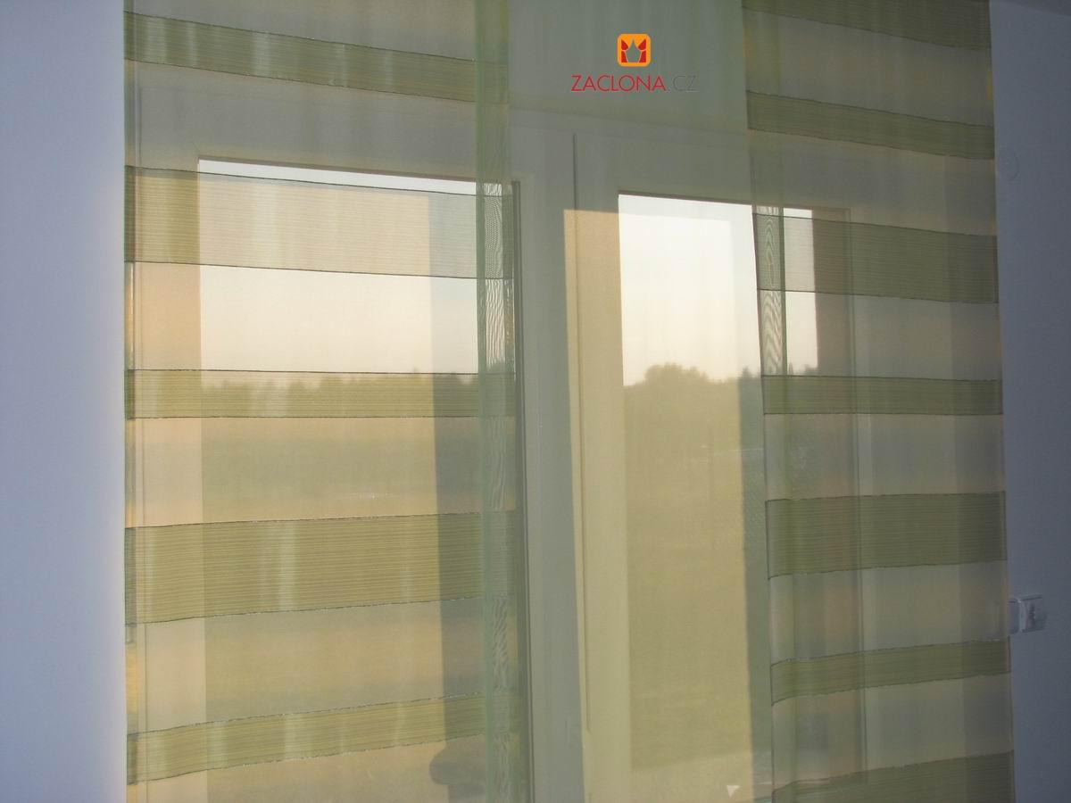 farbige japanische wand und raffrollo heimtex ideen. Black Bedroom Furniture Sets. Home Design Ideas