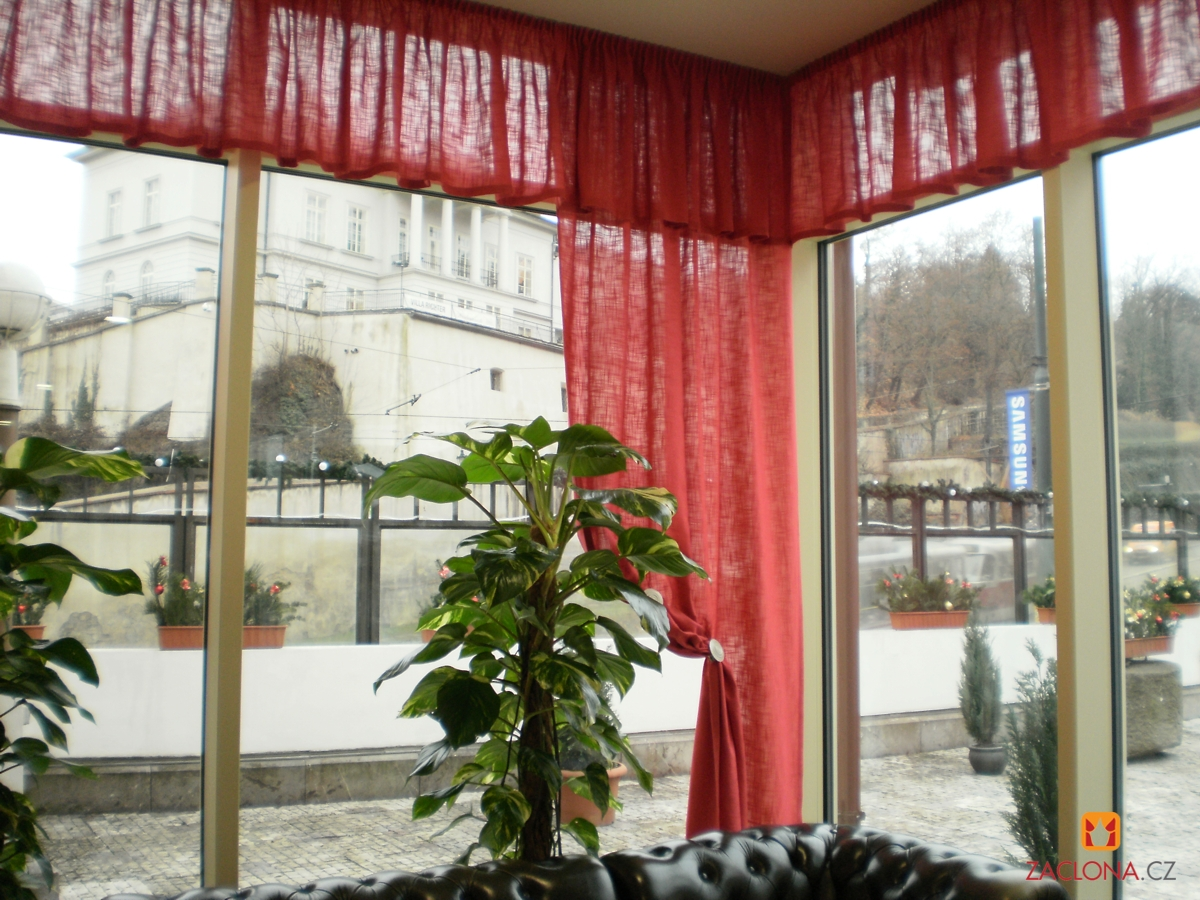 hotelrestaurant im wintergarten heimtex ideen. Black Bedroom Furniture Sets. Home Design Ideas
