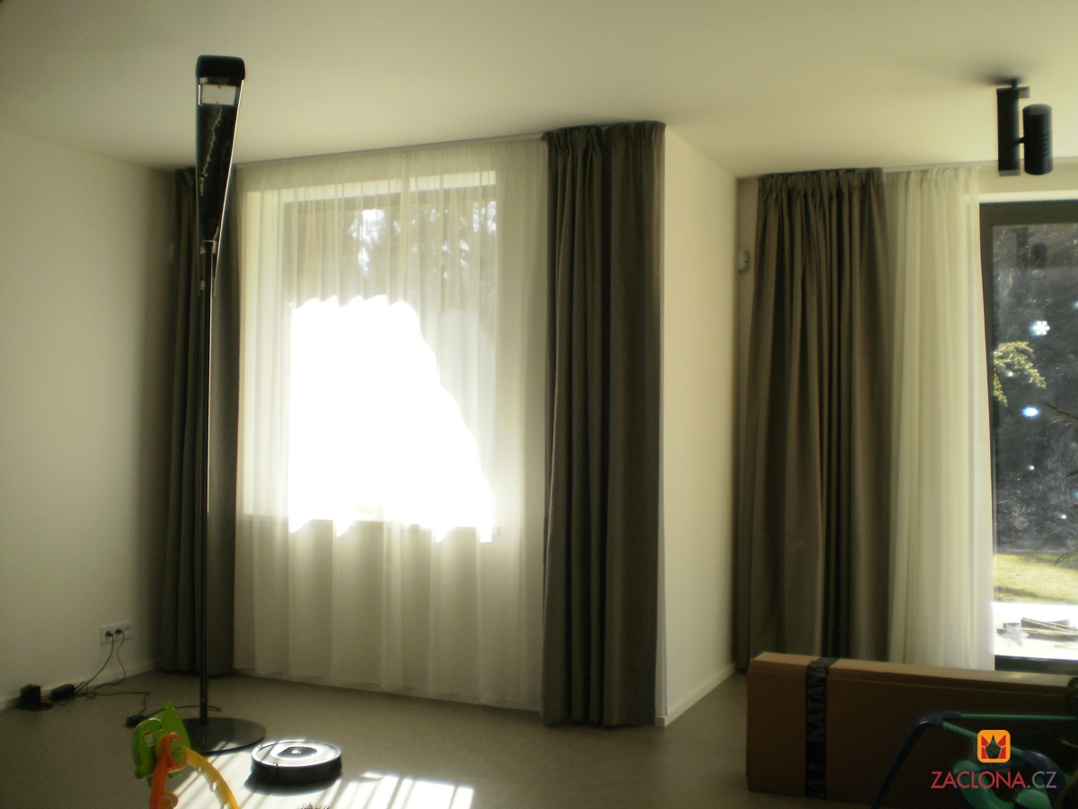 fenster mit aussicht in den wald heimtex ideen. Black Bedroom Furniture Sets. Home Design Ideas