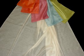 barevná záclona kos