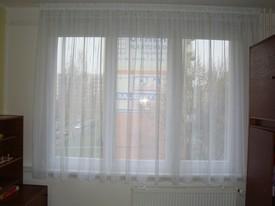 barevná roleta a záclona 1