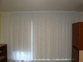 barevná roleta a záclona 2