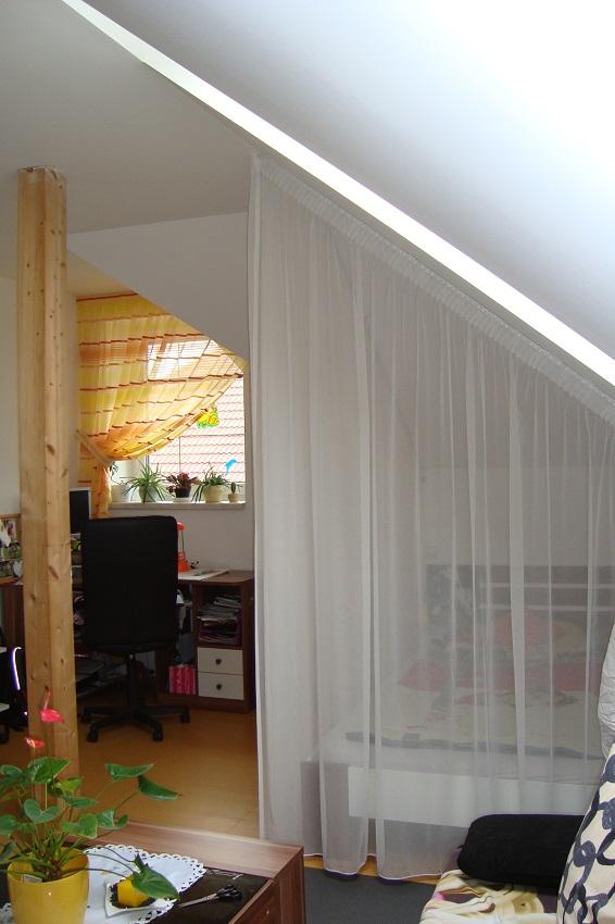 gestreifte gardinen f r atypische fenster heimtex ideen. Black Bedroom Furniture Sets. Home Design Ideas