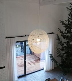 Zastínění oken interieru v severském stylu
