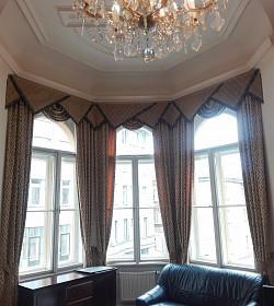 Je zastínění oken ve stylu art deco vhodné do kanceláře?